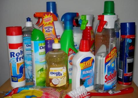 Bahan Kimia Dalam Rumah Tangga