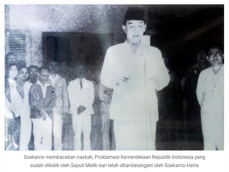 Pembacaan Teks Proklamasi oleh Ir Soekarno